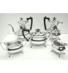 Impressive 5 Piece Silver Tea & Coffee Set Walker & Hall Sheffield 1917