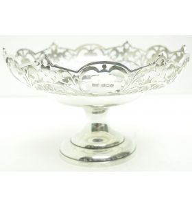 Antique Solid Silver Centre Piece Or Fruit Bowl by Walker & Hall 521 grams Circa 1923